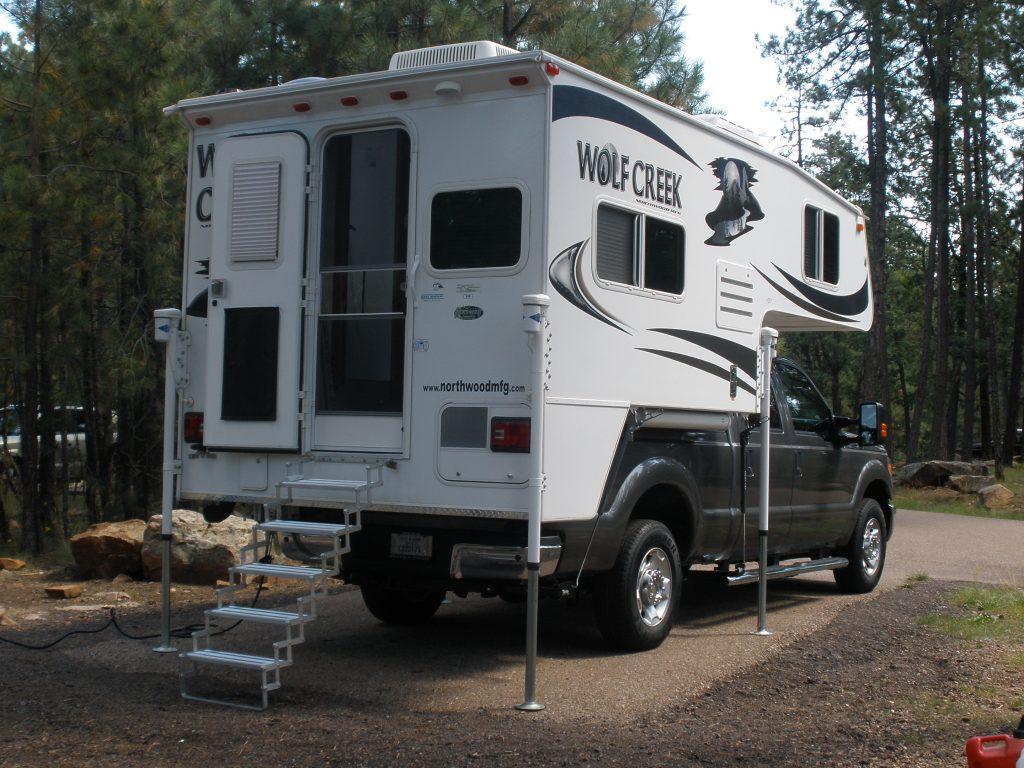 Review of the Wolf Creek 850 Truck Camper – Truck Camper ...