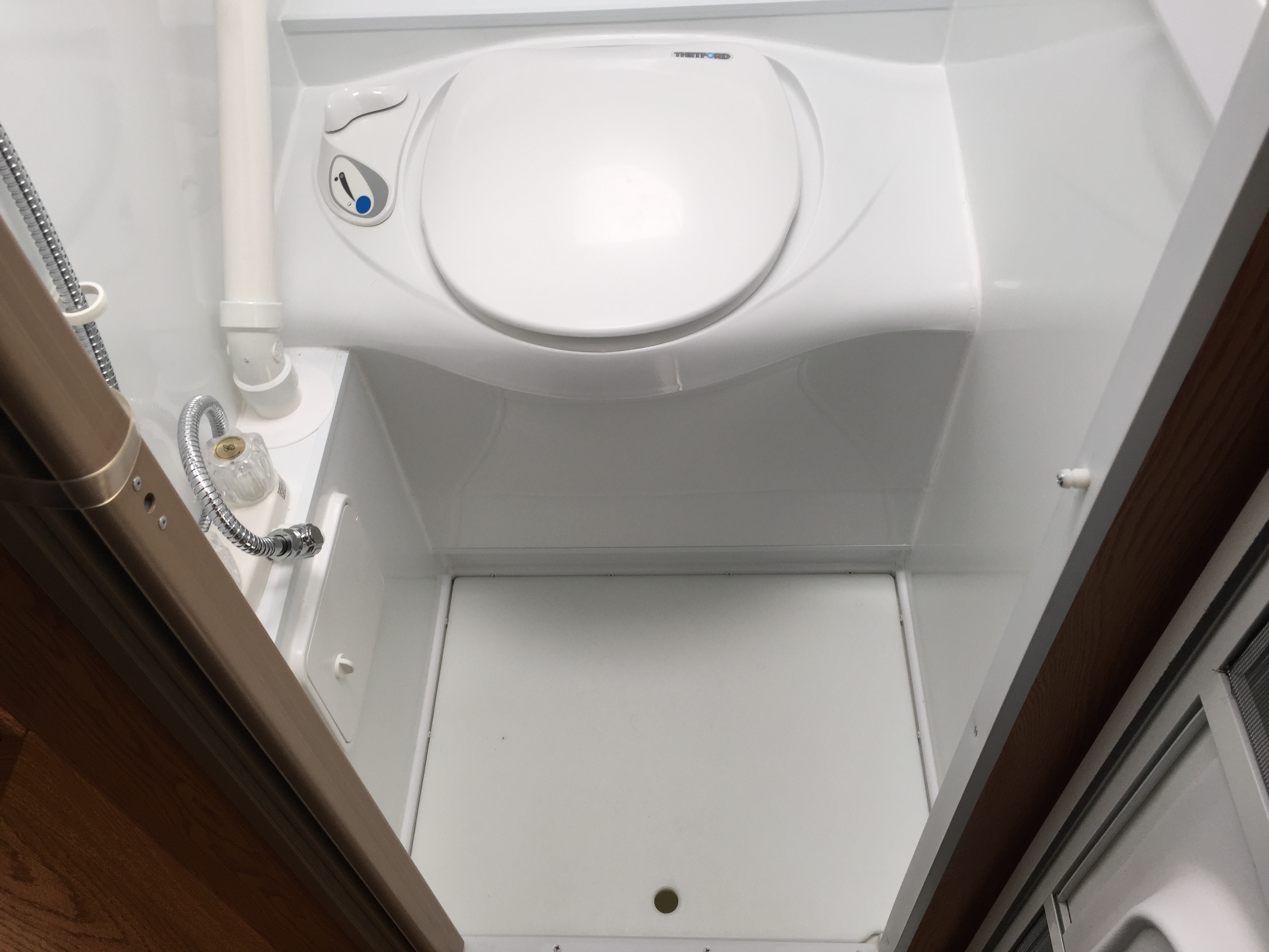 Pros And Cons Of The Rv Wet Bath Truck Camper Adventure