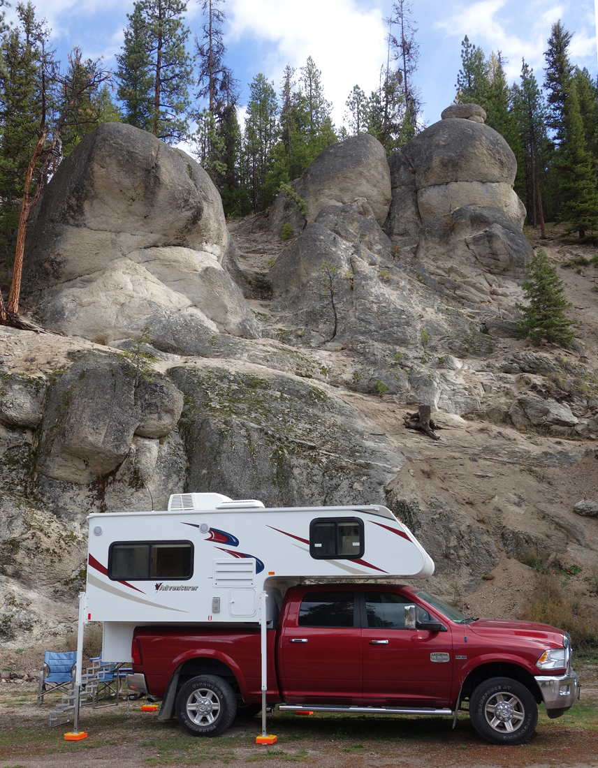 Review Of The Adventurer 80rb Truck Camper Truck Camper
