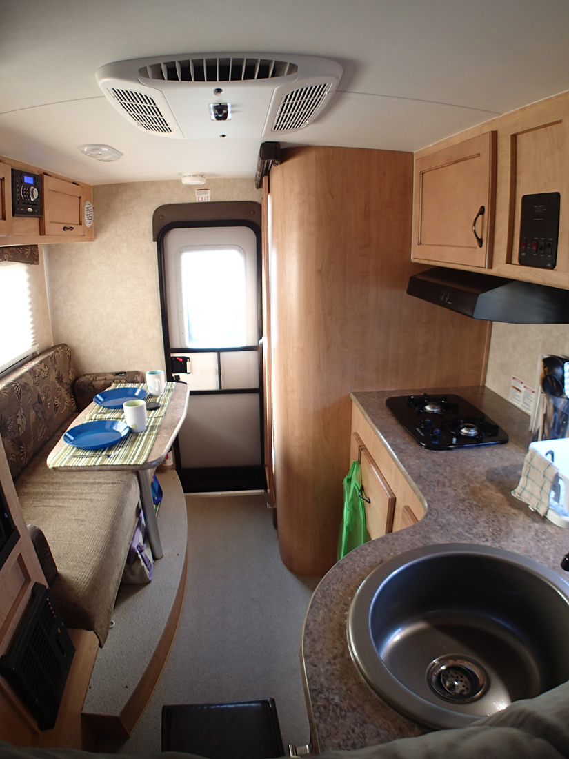 Review Of The Adventurer 80rb Truck Camper Truck