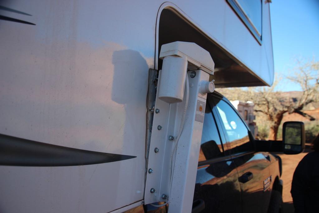Hard Knocks On The Hardscrabble Northstar Camper Jack Mount Repair Truck Camper Adventure