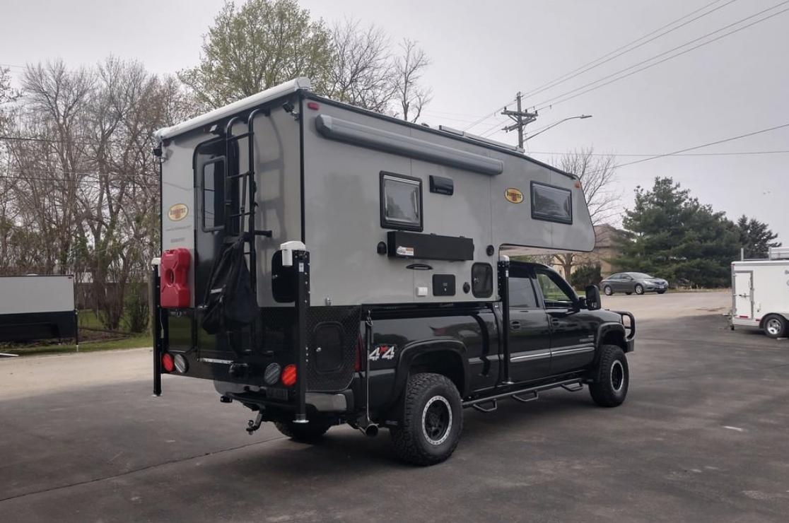 Top 8 Truck Campers For 3 4 Ton Trucks Truck Camper Adventure
