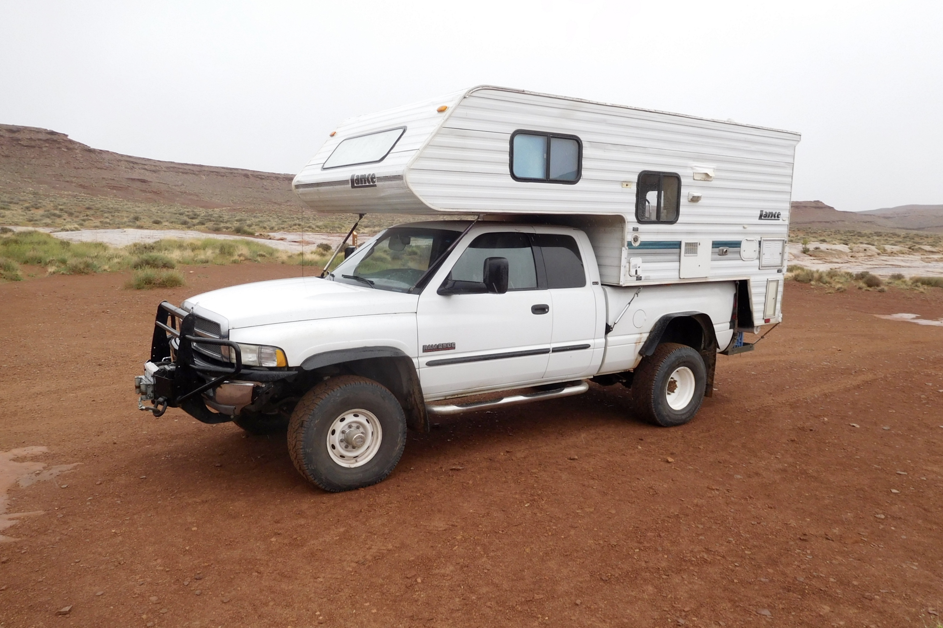 Jefe Tackles Canyonland S White Rim Trail Truck Camper Adventure